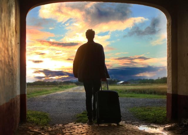 Tips Mengurangi Stres Saat Travelling