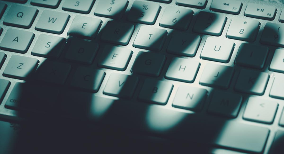 Mencegah Dan Menangani Masalah Cyber Crime Yang Sering Terjadi Di Komputer