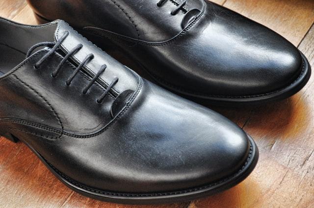 Bisnis Sepatu Online: Bisnis Jutaan Omset